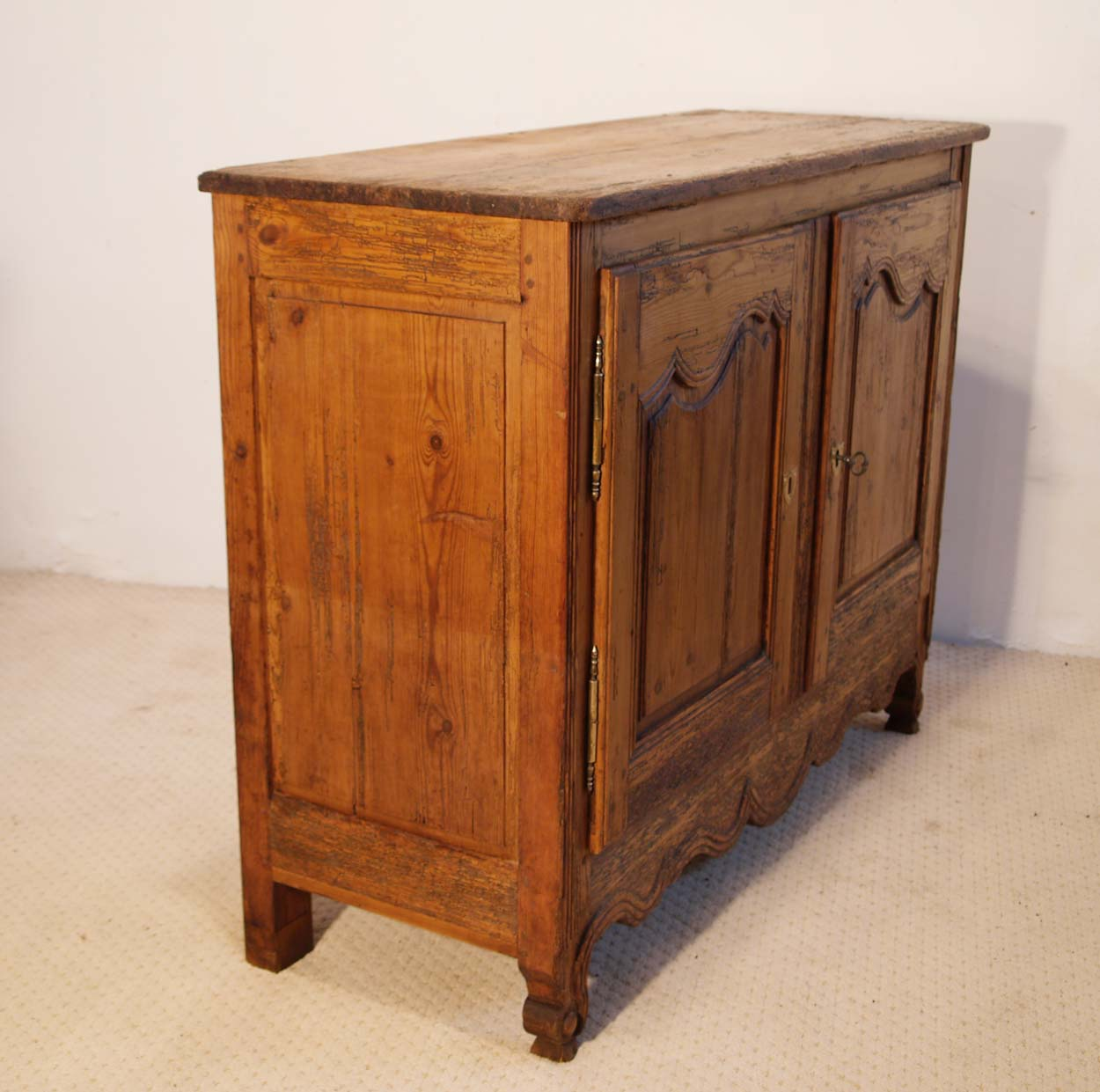 French Antique Pine Buffet / Sideboard, C 1780, left elevation