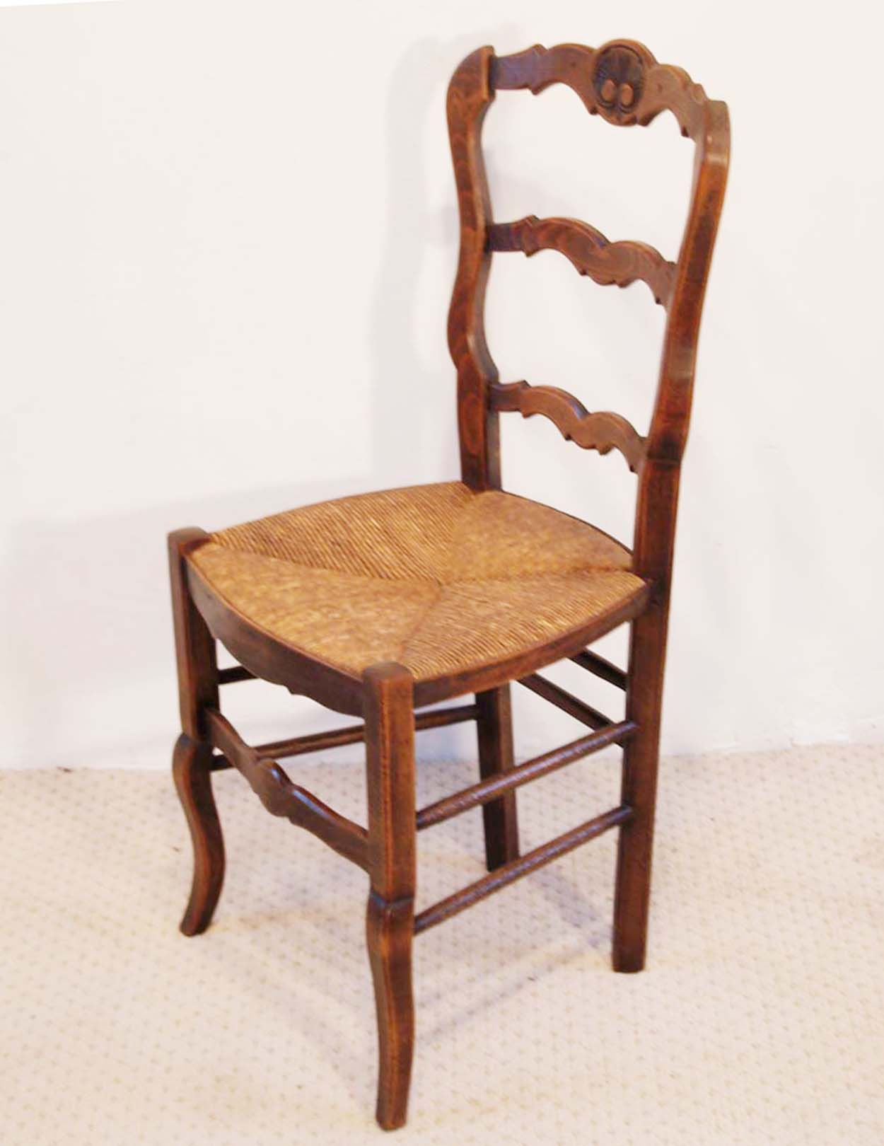 French Antique Beech Chairs with Coquille Carved Backs set of 6, side elevation