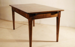 French Antique Style Centre Extending Table with Drop in Leaves, end elevation