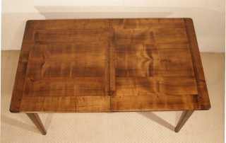 French Antique Style Centre Extending Table with Drop in Leaves, top