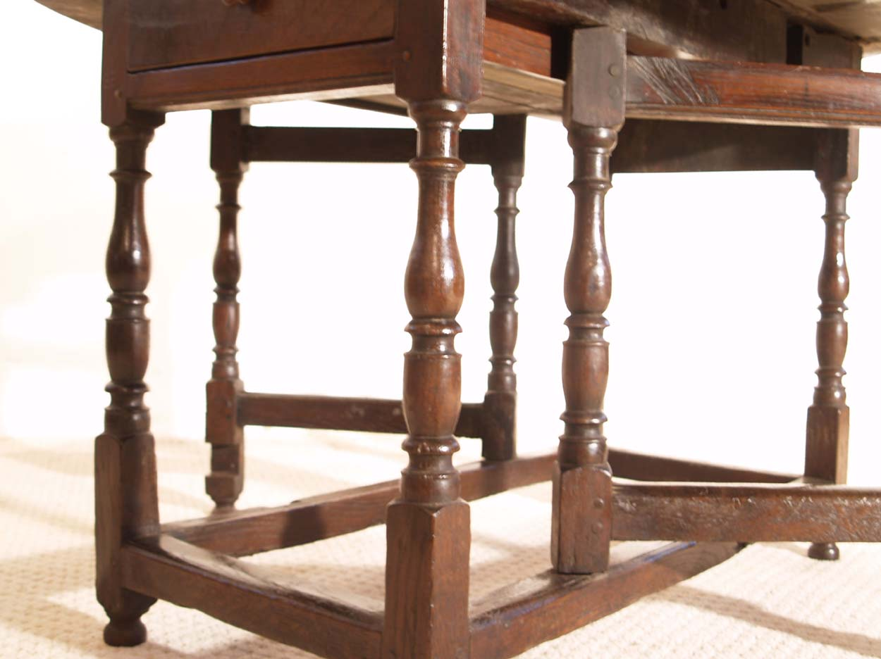 English Vintage Antique Oak Gateleg Table, turnings